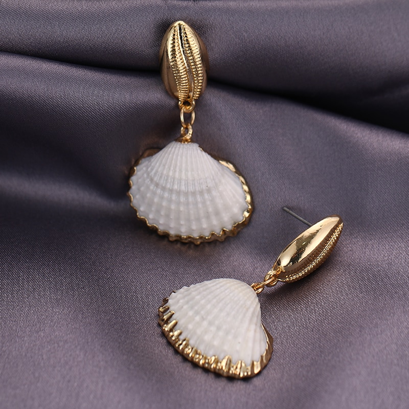 seashells earrings gold