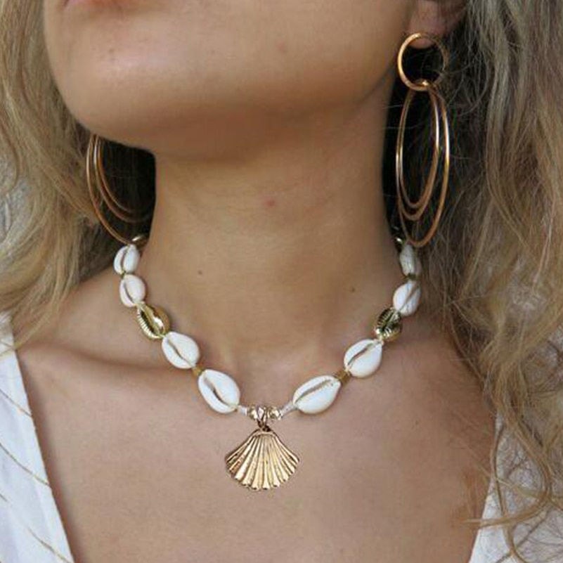 sea shells gold necklace